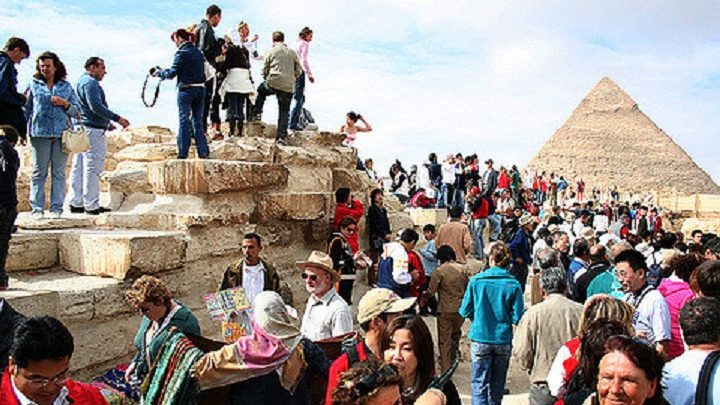 3 Main Issues of Overtourism and How to Avoid It