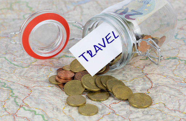 Traveling on a Budget: 7 Tried and Tested Tricks to Get Cheaper Flights